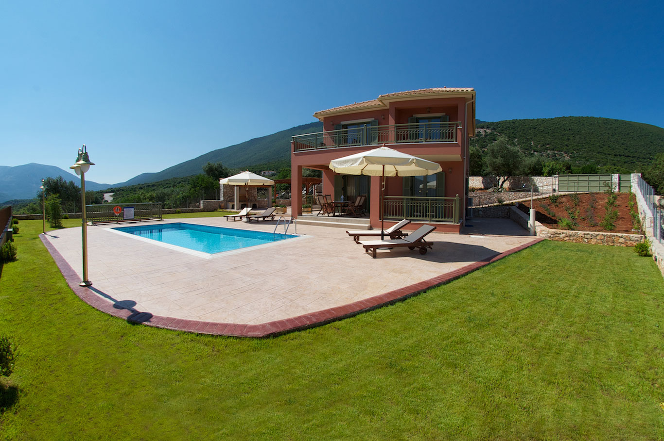 Kefalonia Villas - Luxury Villas in Kefalonia | Kefalonia villa Niraeus in Sami Kefalonia